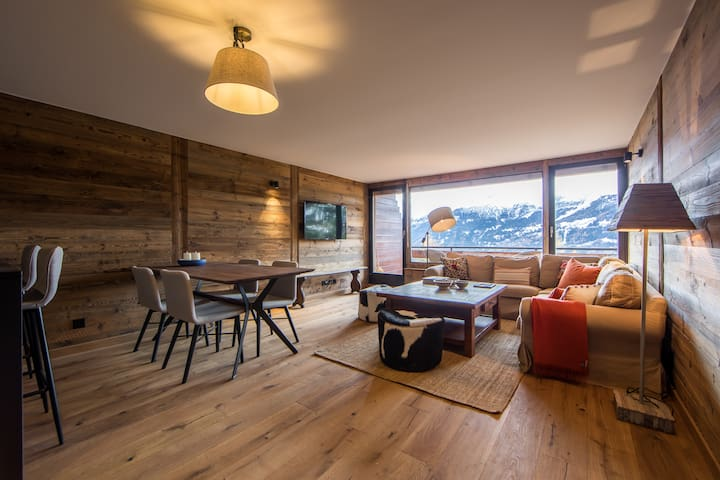 2 bed, 2.5 bath, Centre of Verbier, Stunning Views