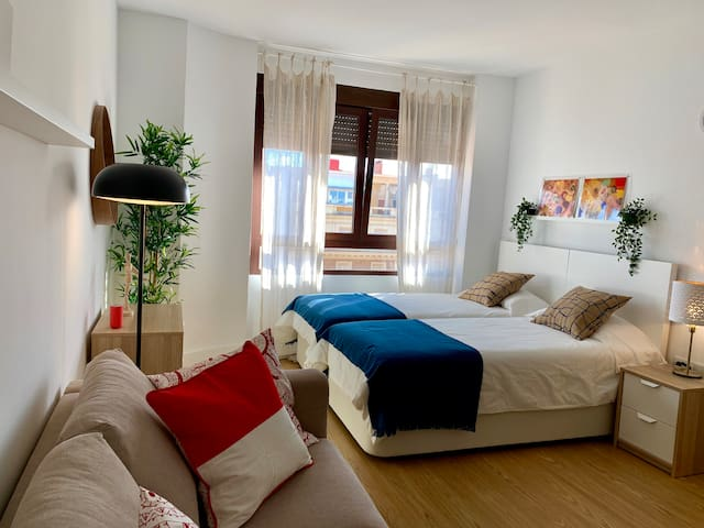 STYLISH AND BRIGHT  APARTMENT IN TRIANA
