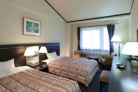 Twin Room (smoking allowed) in a Resort Hotel with hot springs, close to Mt. Hiruzen in Okayama