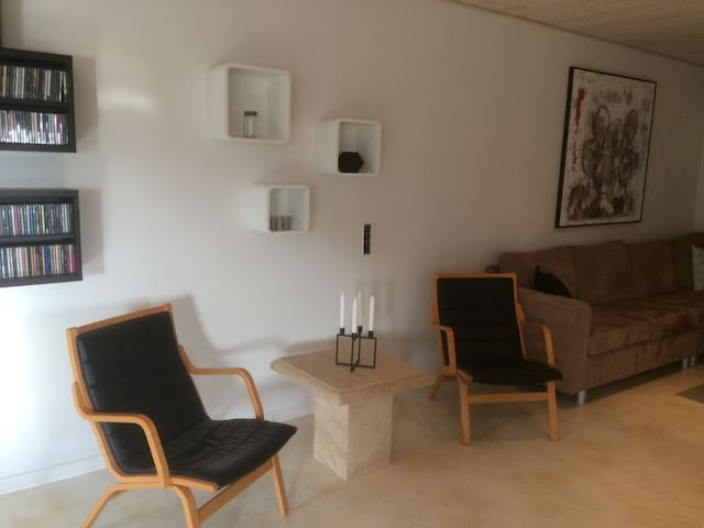 Apartment close to Boxen and Herning city