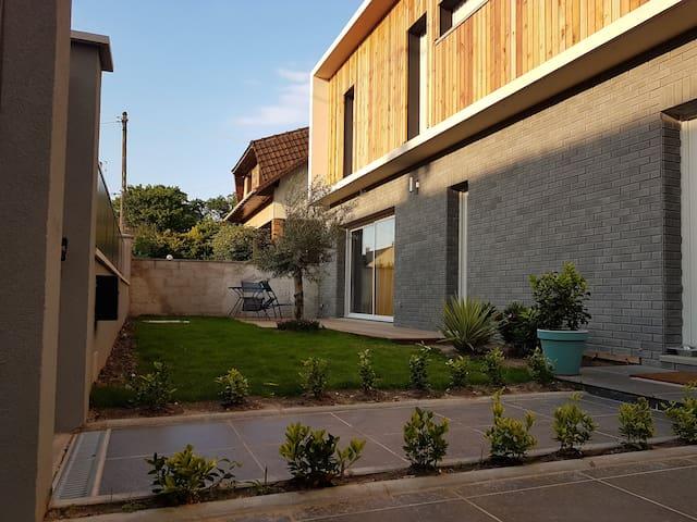 Maison moderne et tranquille Livry Gargan/Paris