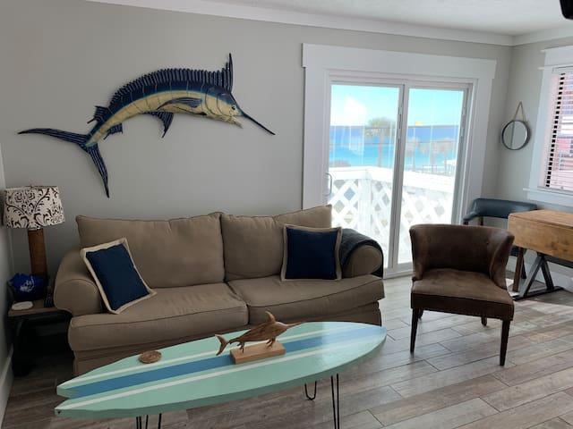 Cozy Condo G4 (View of the Beach)