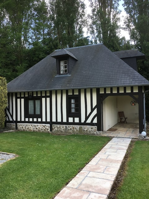 Maisonnette typique Normande, calme absolu;