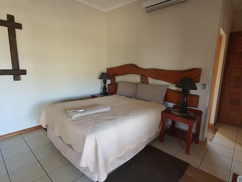 Intibane Lodge - Luxury Room