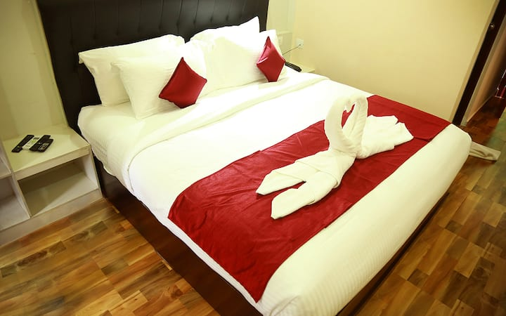 Deluxe Non AC Room in the heart of Mananthavady