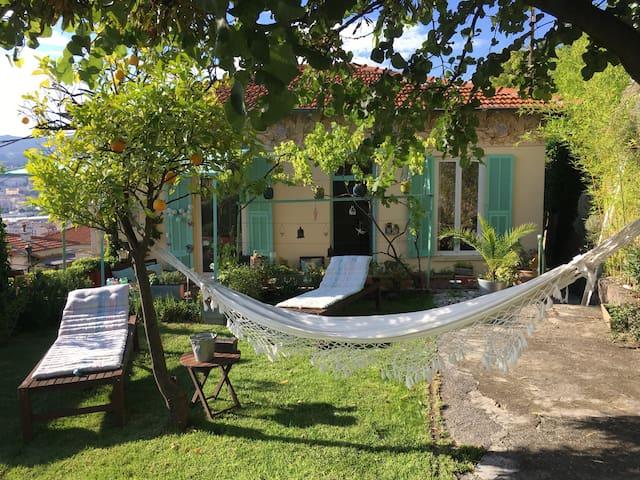Mont Boron Superbe maison de ville jardin - นีช - บ้าน