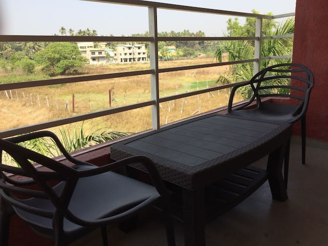 Cozy 1 bedroom A/C home, Nagaon, Alibaug - Alibag - Appartement