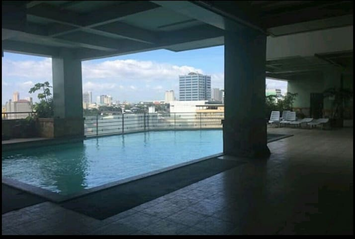 7A18 2 bedroom loft apartment - Quezon City - Lejlighed