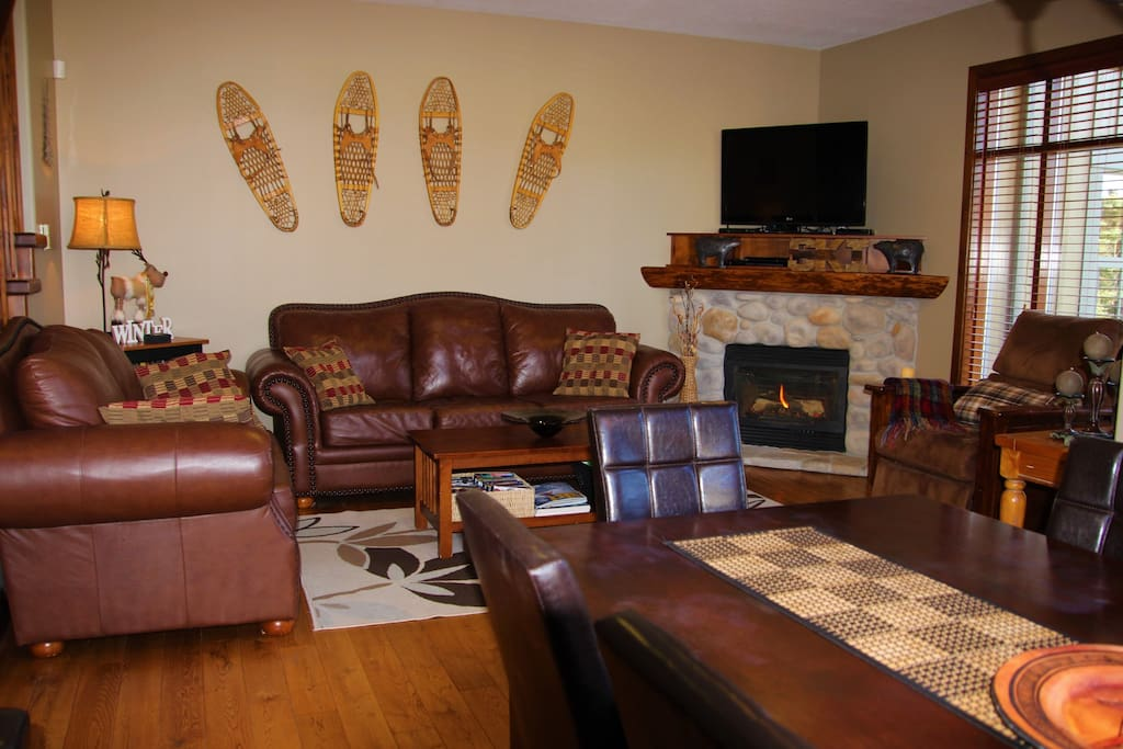 Open concept living room with gas fireplace