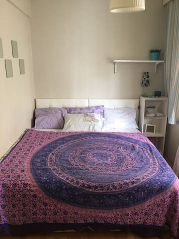 Cosy Room in Bagdat Avenue/Kadikoy - Istanbul - Bed & Breakfast