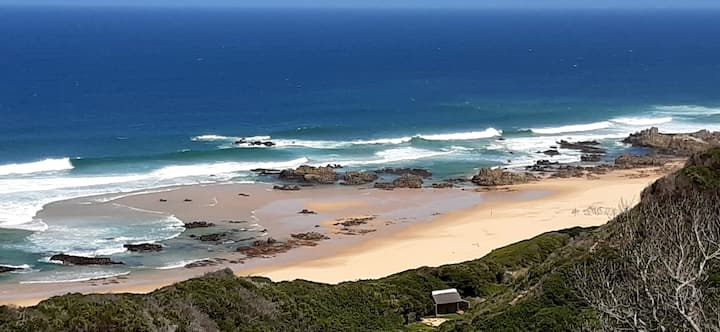 Stillbay  -  Fynbosstrand with an ocean view