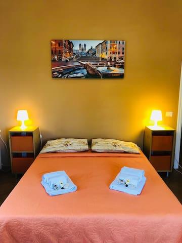 Room 15mins from ST. PETER-ottavia