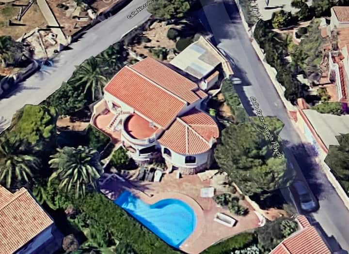 Villa to rent in JAVEA for holidays or LONG TERM !