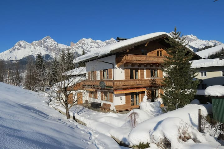 Scenic Apartment in Maria Alm near Ski Lift