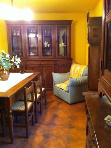Casa Vacanza in Lunigiana (Iera) - Iera - Talo