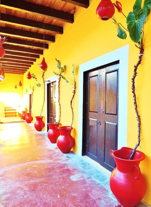 Hospedarse en una tipica casa colonial...