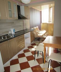 This apartment is centrally located . - Chișinău - Wohnung