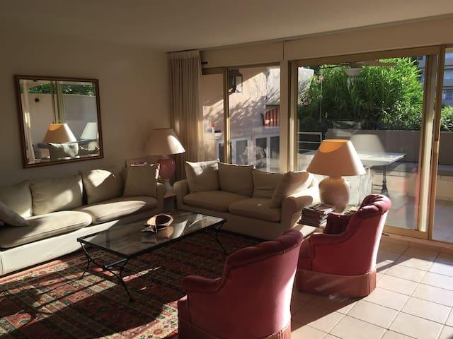 bel appartement de standing à Saint Tropez - Saint-Tropez - Condominio