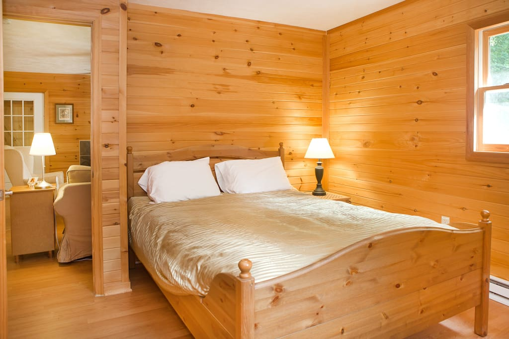 Unit A:  This is the master bedroom which has a queen-size bed.