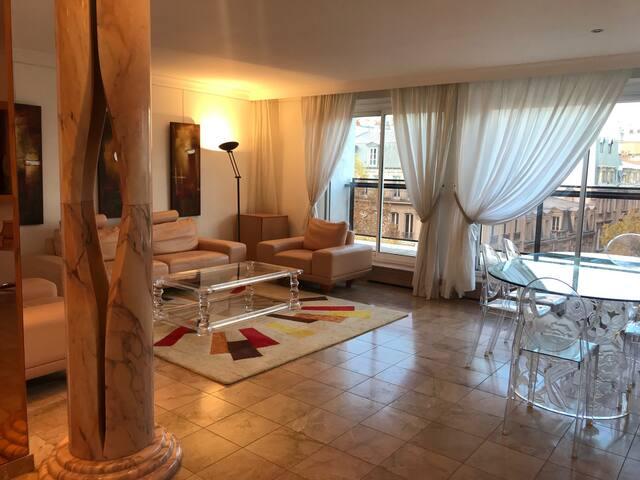 Luxury flat 5min Arc de Triomphe / Champs Elysées