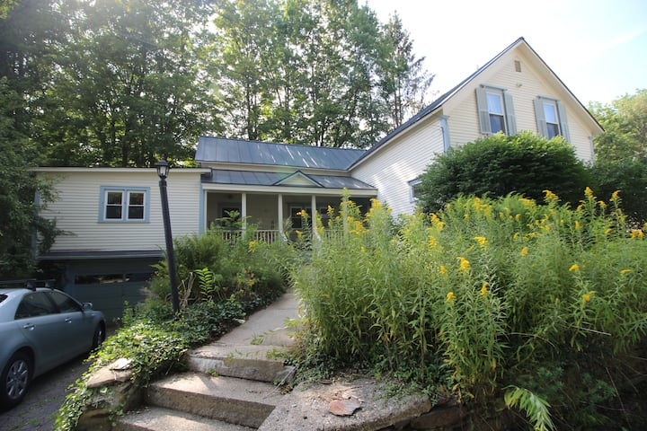 Serenity - Fantastic Spacious House In Quaint VT