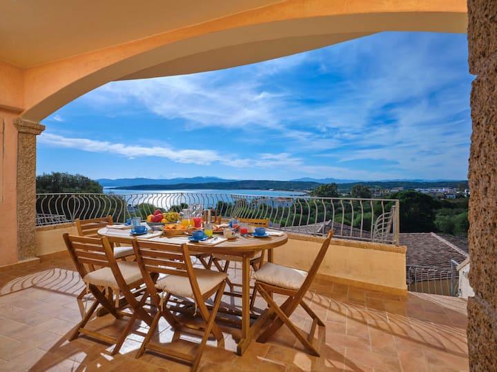 Casa Terrazza  50 mt dal mare Vista Mozzafiato