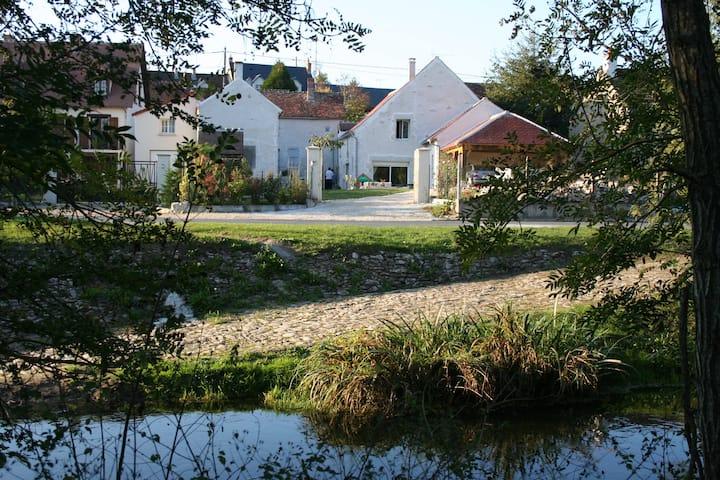 GUEST HOUSE Loire river & castles