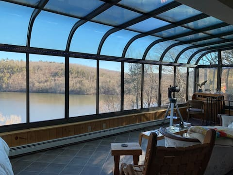 Penthouse at Narnia on Lake Zoar