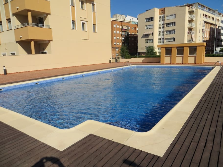 Swimming Pool - Piscina