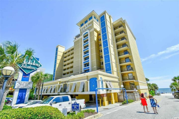 OCEANFRONT! BEST LOCATION IN MYRTLE BEACH!