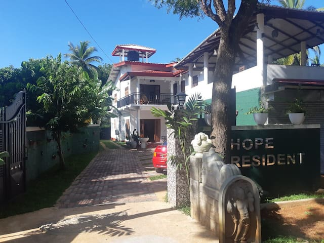 Hope Residence By March 9 Hotel