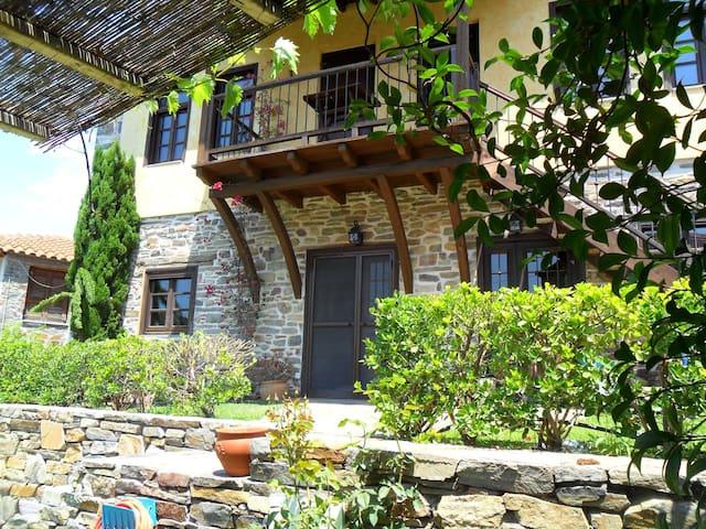 Wonderful two-storey stone house