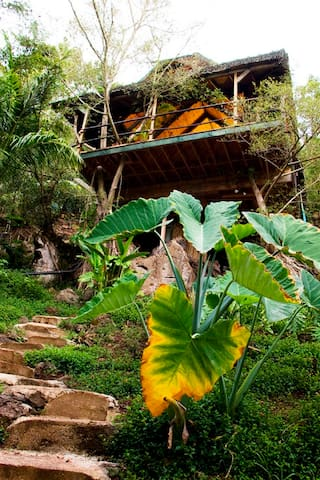 Sunset Beach Temple Treehouse  !!! - Haleiwa