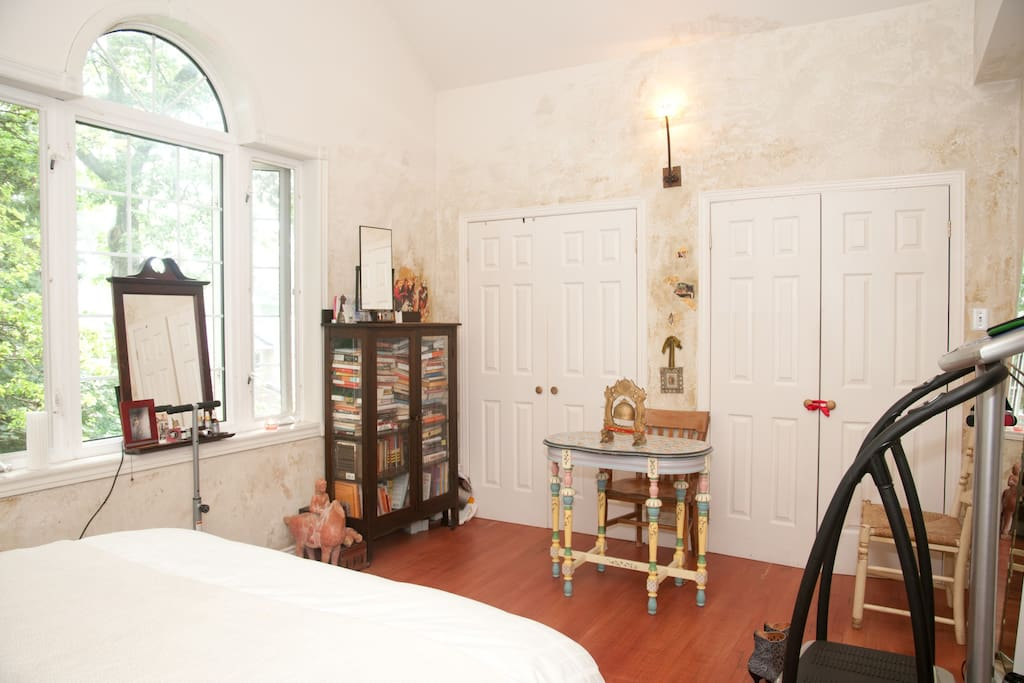 Master bedroom with cathedral ceiling, this faces east, wake up with sun