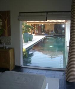 suite near the pool - Alcobaça