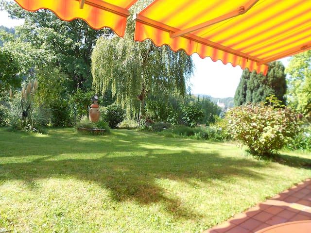 *Traumhafte Ferienwohnung 110qm, Garten + Terrasse - Gernsbach