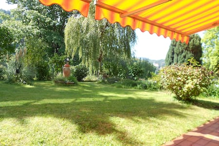 *Traumhafte Ferienwohnung 110qm, Garten + Terrasse - Gernsbach - Huoneisto