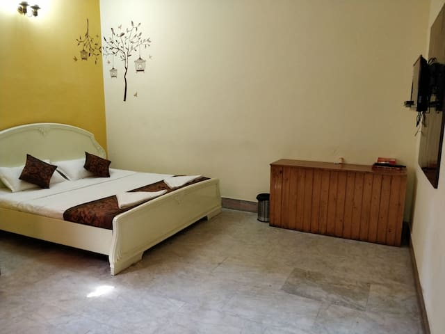 Victoriya Inn - Comfy yet Quaint near MG Road