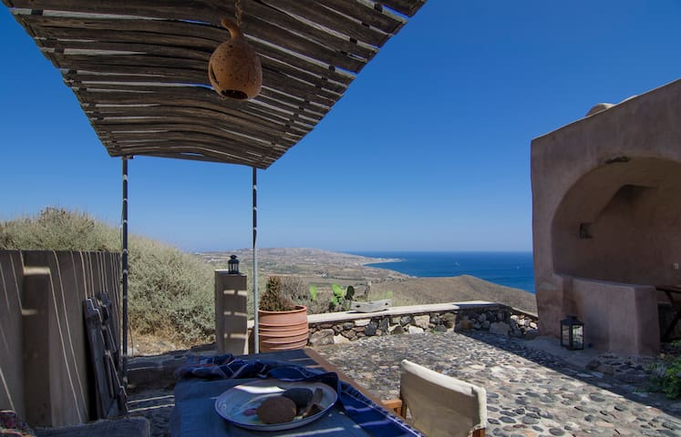 Traditional house with great view - Thira - Rumah