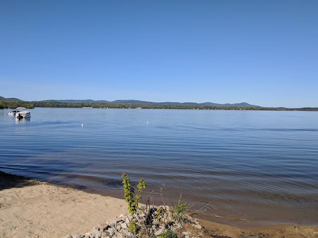 5BR Ossipee Lake Cottage w/ water views!