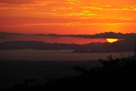 Tiriguro Lodge-B&B- Carambola - Orotina, Alajuela - Bed & Breakfast
