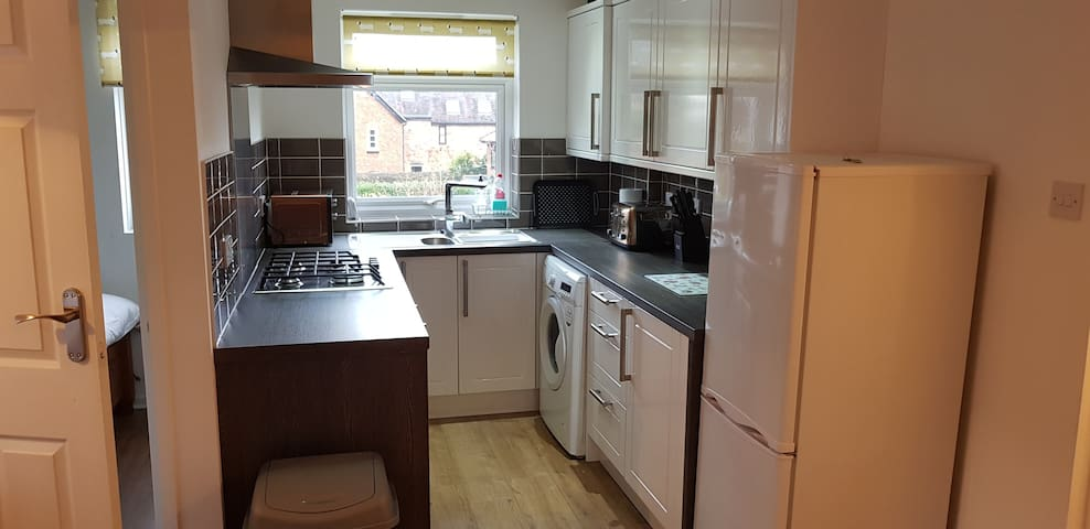 Cosy modern 1 bed flat in the heart of Alvechurch.