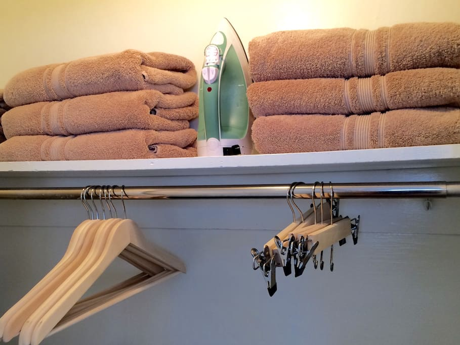 Fresh towels and plenty of closet space for your belongings.