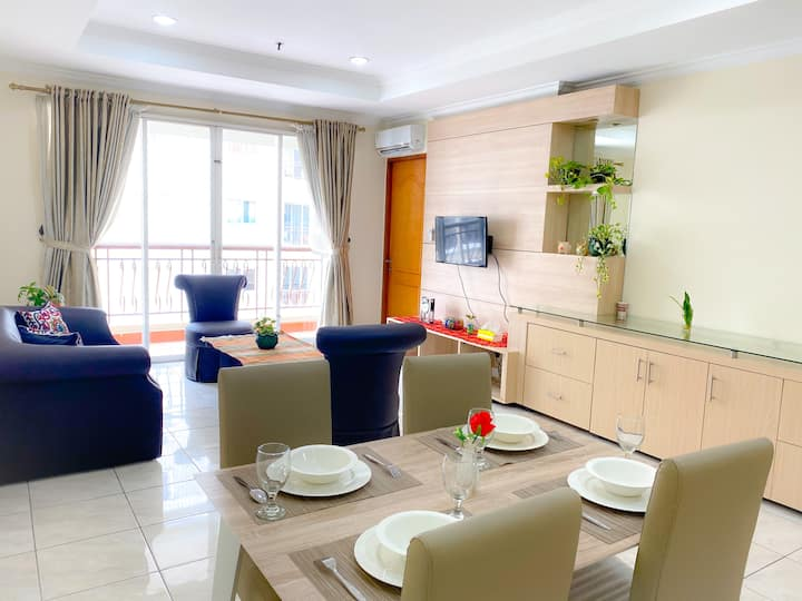 3 Bedroom Apartment at the Center of Jakarta