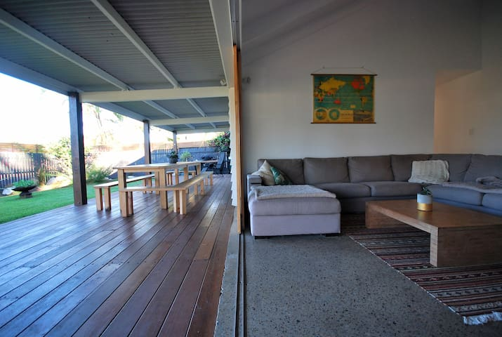 Beach House @ Coolum- Dog Friendly - Coolum Beach