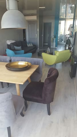 Bel appartement avec terrasse - Fos-sur-Mer - アパート