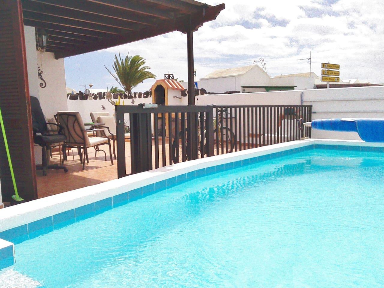 Solar heated & acclimatized pool - roman steps & grab rails for easy access