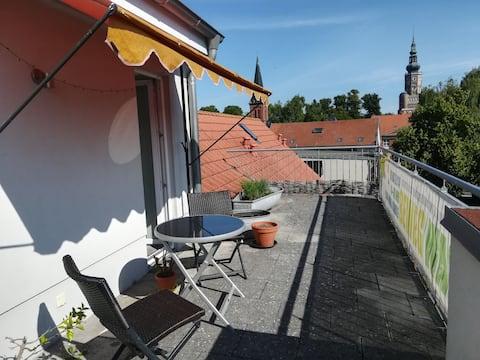Schöne Wohnung mit großer Terrasse in bester Lage!