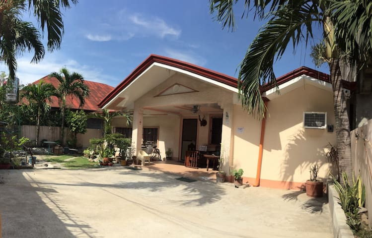 house and rooms for rent w/ parking - San Juan - Talo