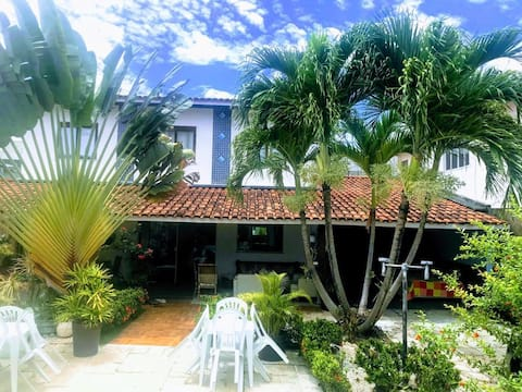 Casa em Vilas (praia) com Piscina e churrasqueira